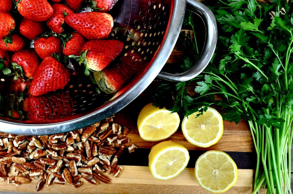 Strawberry Pecan Salad ingredients