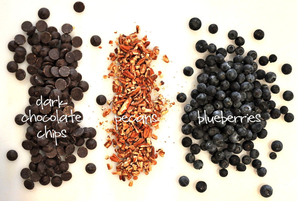 overhead view of the ingredients for dark chocolate blueberry clusters