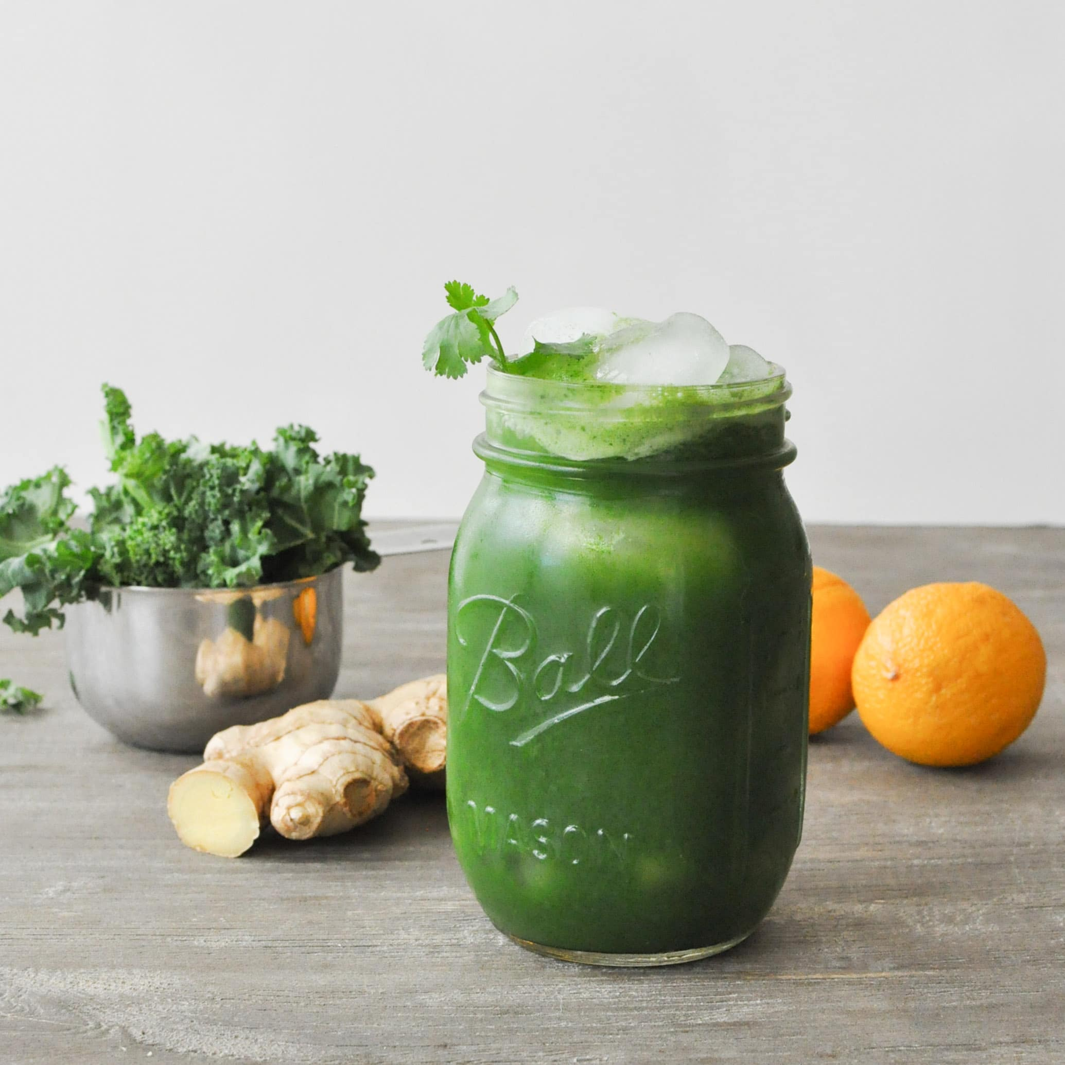 Lemon Ginger Green Juice | Fed+Fit-3
