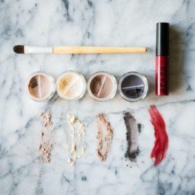 Araza Holiday Paleo Makeup