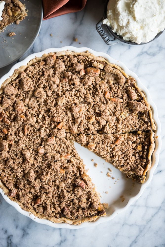 overhead view of an entire Egg-Free Pumpkin Pie with cinnamon crumble topping